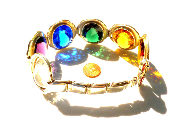 quartz magic bangle